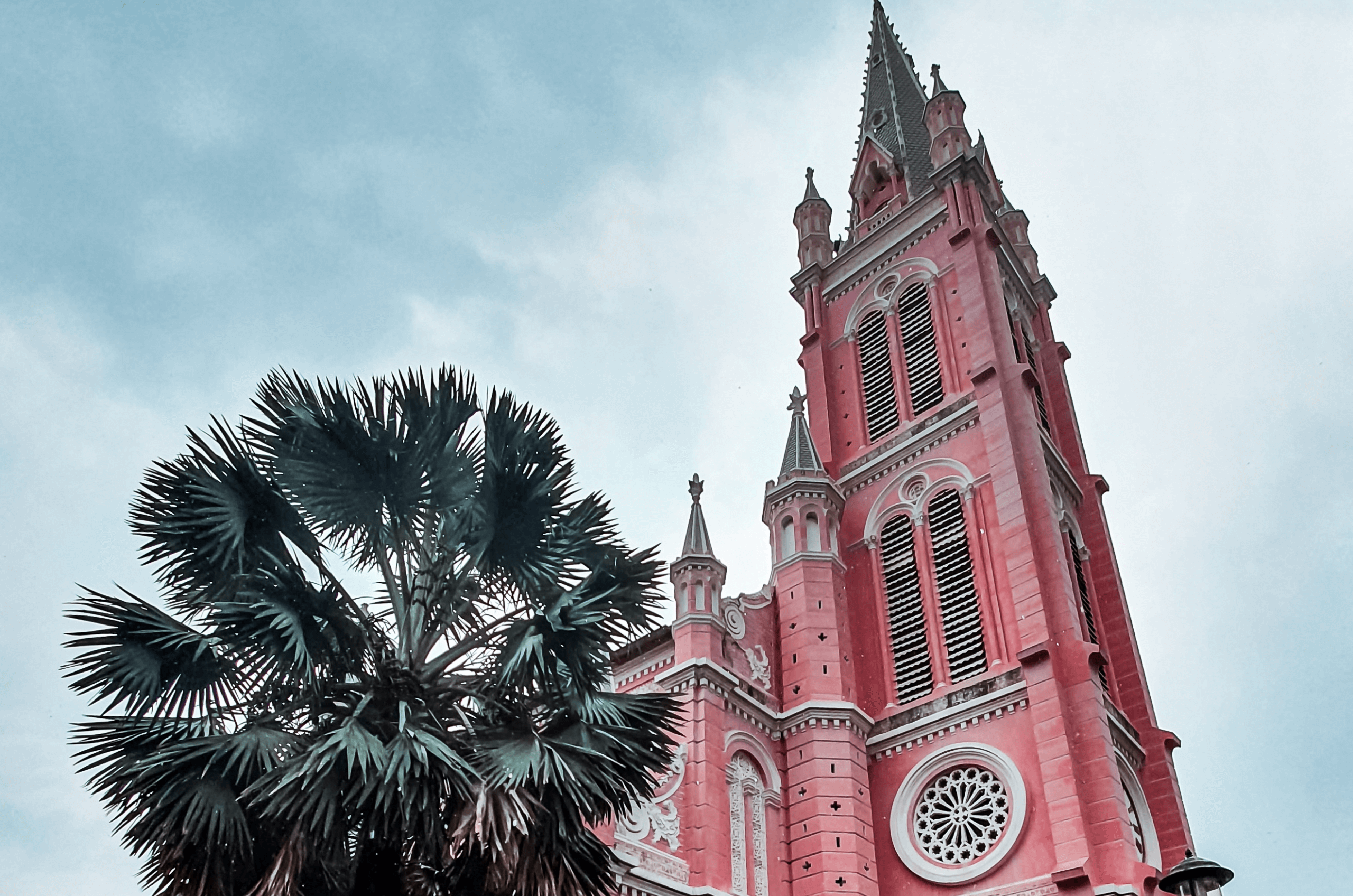feature image of 10 unique things to do in Ho Chi Minh City
