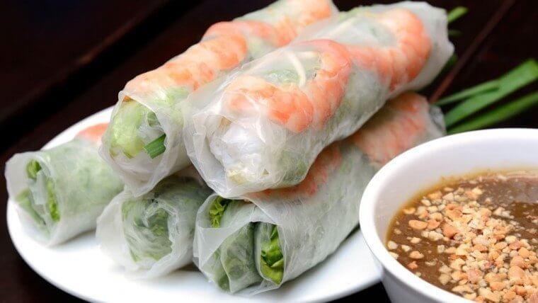 clear spring rolls  in vietnam