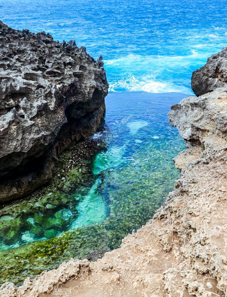 Angel billabong infinity pool on nusa penida island, Indonesia